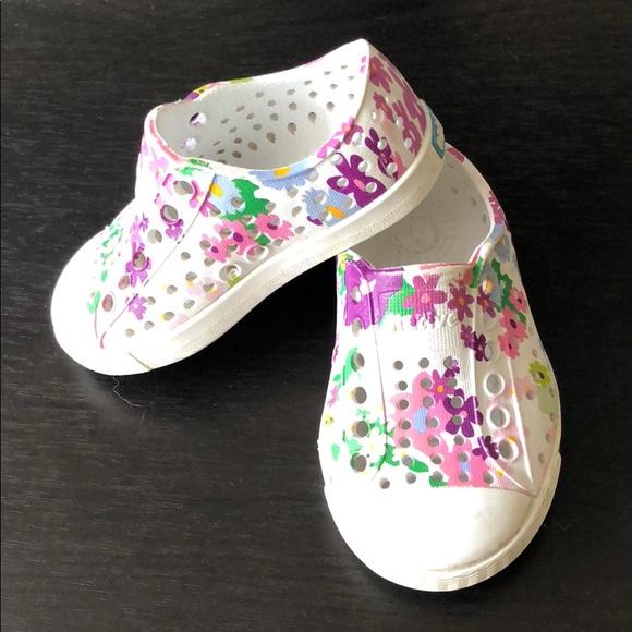 Native Shoes Shoes Native Baby Shoe Size 4 Floral Print Poshmark